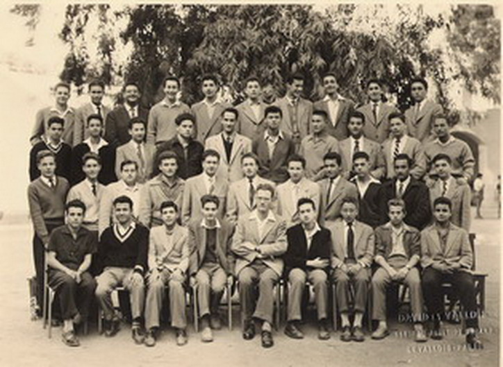 Lycee Carnot - Classe de 1ere M2 - 1954-1955 - Photo et liste d\'Alexandre Delmas_redimensionner_redimensionner.jpg