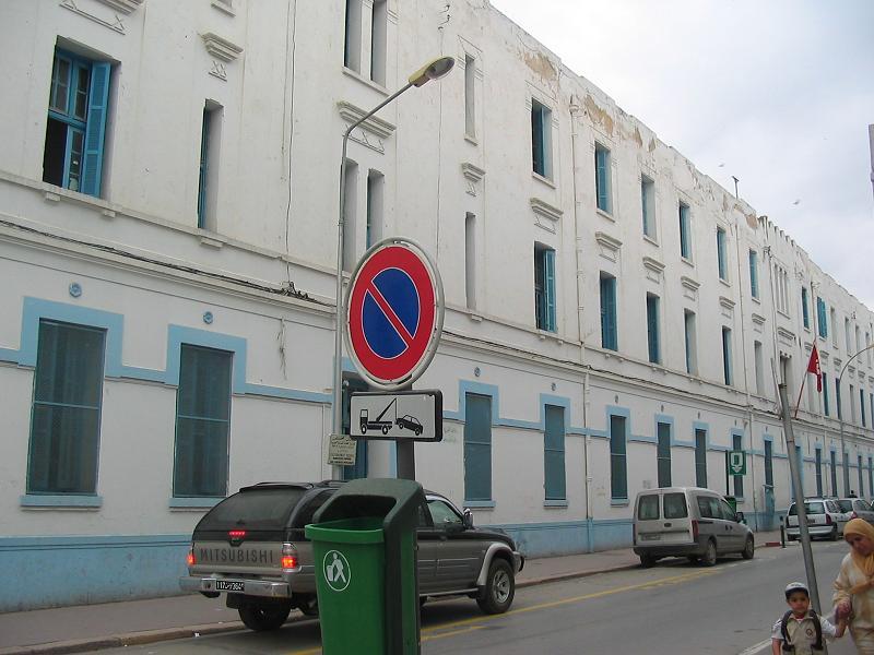 Ecole de la rue de Marseille.jpg